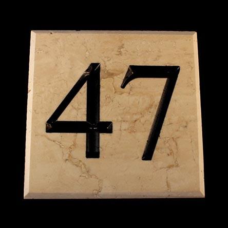 numero civico in marmo